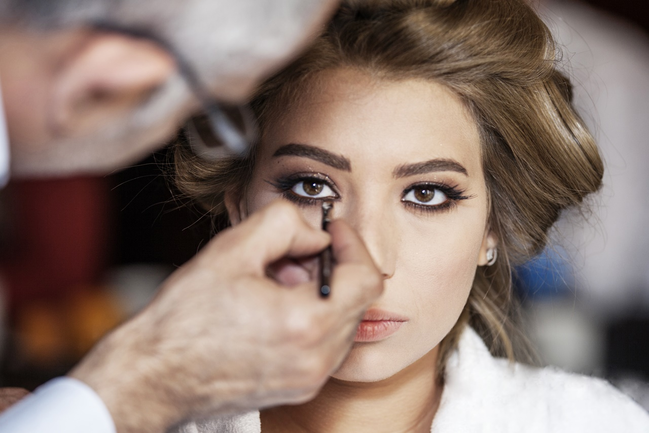 خبير التجميل محمود مرشد: المكياج خداع بصري و الرجال أمهر من النساء